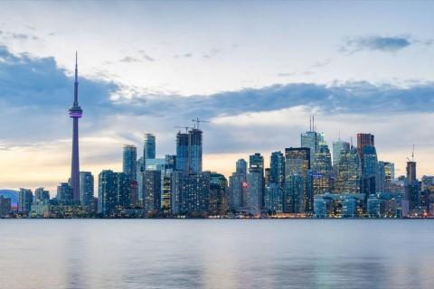 GettyImages-Toronto Skyline-d77e8bb4db4f80eedf14a04d93f14016f0b6fcf9